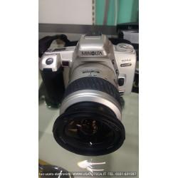 fotocamera analogica MINOLTA 404SI CON OBIETTIVO 28-80 F3,5-5,6