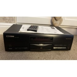 Pioneer PD-S703 STEREO Compact Disc CD Player -