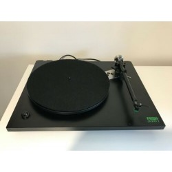 REGA PLANAR 2 TURNTABLE WITH UPGRADES