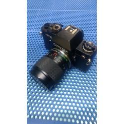 Fotocamera analogica Contax RTS II con obiettivo Yashica 35-70 F3,5-4,5